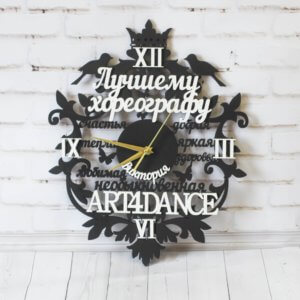 Часы из дерева ручной работы