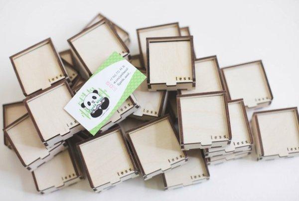 Коробки из дерева с логотипом