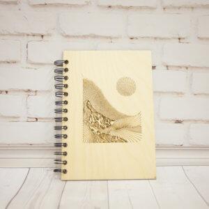 Блокнот с обложкой из дерева